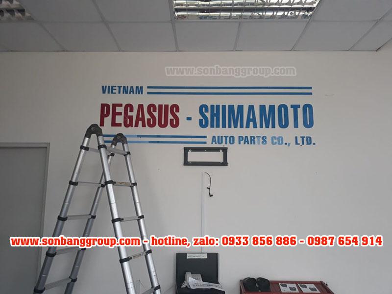 chữ mica trang trí văn phòng, công ty